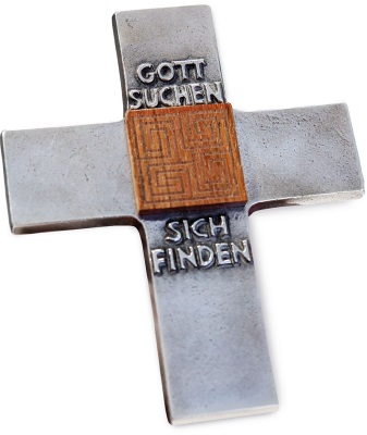 Kreuz mit der Aufschrift Gott suchen - sich finden